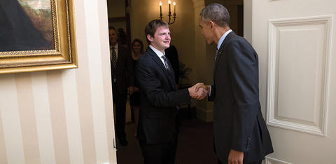 McKenna Ewen shaking hands with President Barack Obama